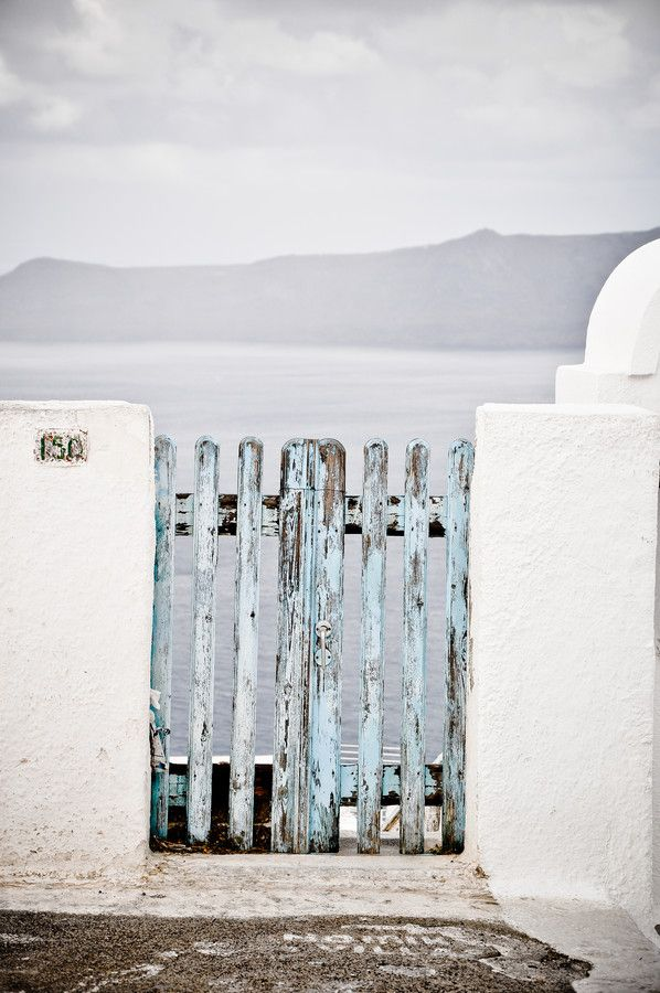 Gate - Santorini/Fira/Oia (from #luisdehoyos at www.500px.com/dhclicks )