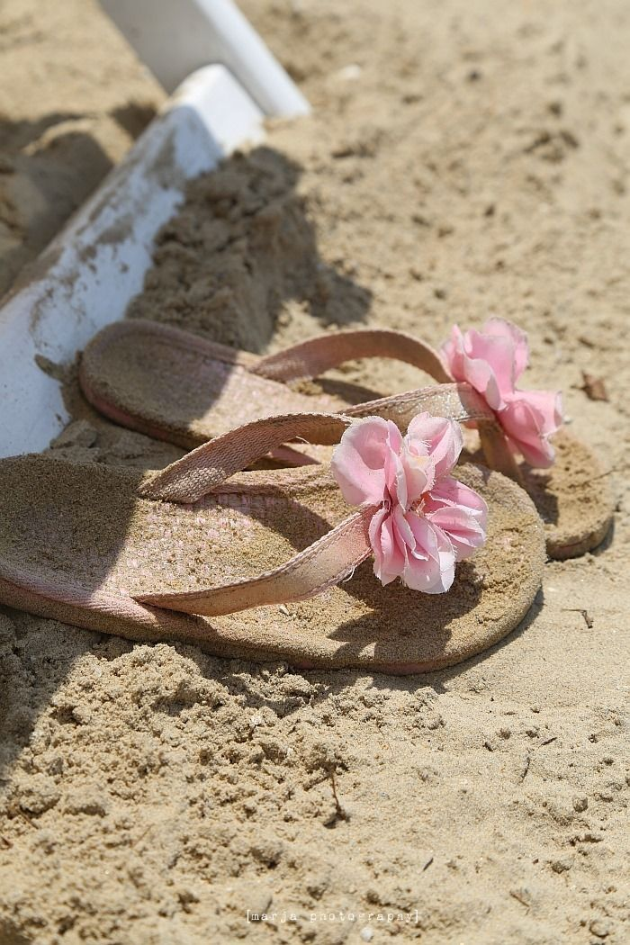 17.08.16 - Hi Ramonita, kick off your shoes and enjoy a relaxing, fun day at the beach. xx
