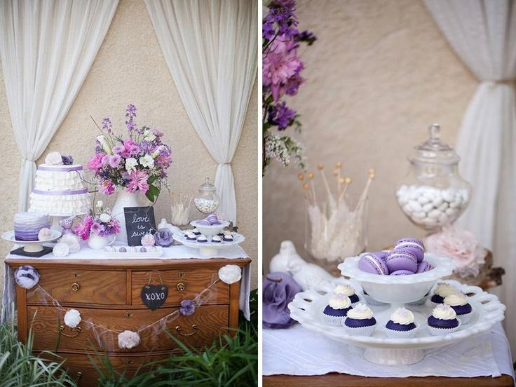 rustykalny stół deserowy w fioletach  rustic purple dessert table