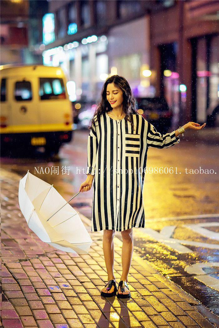 Spring Street тротуар в центре города высокого класса пользовательских вертикальная полосатые рубашки шифон блузки крупные европейские и американские женщины - Taobao