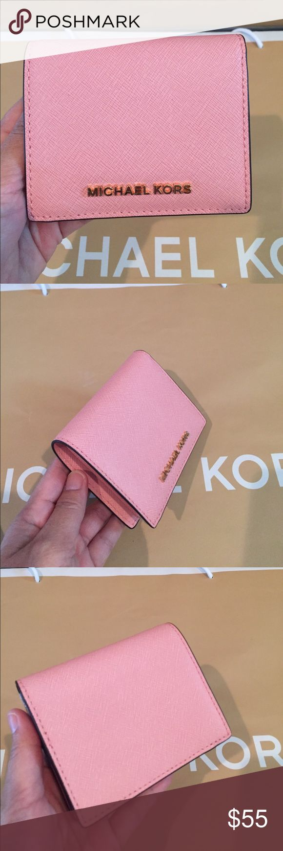 🌷Michael Kors Jet Set Travel Pale pink🌷 100% Authentic Michael Kors Jet Set Travel Flap Card Holder Leather 🌷🌸PalePink🌸🌷 Michael Kors Bags Wallets