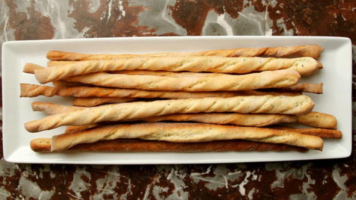 Crunchy Garlic and Herb Bread Sticks | Eating | Pinterest