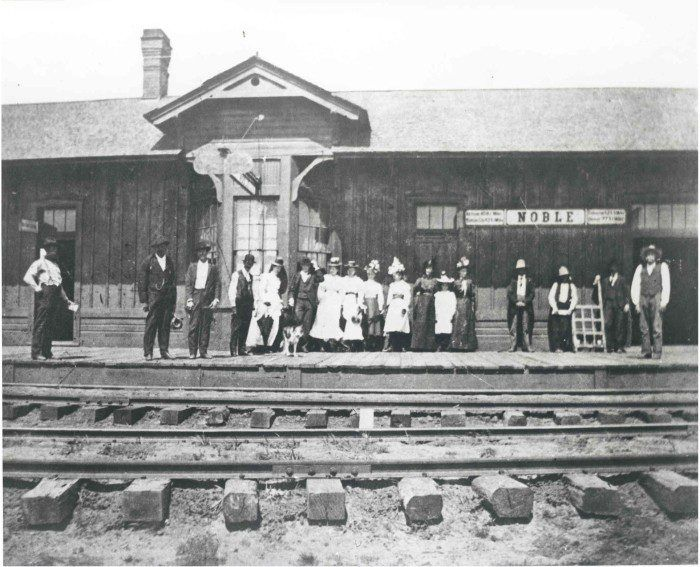 6 A Train Station In Noble Ok In 1897 The Santa Fe Depot The Last Passenger Train Stopped In Noble In 1944 And The Dep With Images 100 Years Ago Train Depot Oklahoma