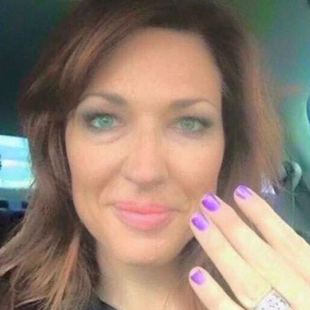 So you know that makeup company L'Oreal? Yeah, I use to use them too. WE (Younique) just hired VP of Sales at L'Oreal, Tori Poulter!! She joined Younique as the new Chief of Sales Officer and is already sporting her awesome purple nails  #younique #3dfiberlashes #mascara #makeup #hypoallergenic #natural  #parabenfree #vegan #glutenfree #makeupartist #makeupblogger #hairstylist #usa #canada #uk #austrailia #newzealand #mexico #germany #cosmetics #beauty #falsies #changinglives