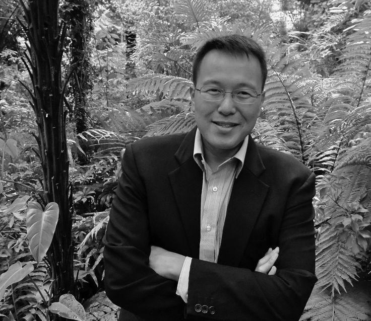 Tan Twan Eng, auteur van 'De tuin van de avondnevel'