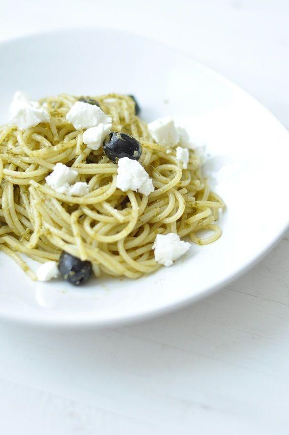 Fetás-olivás spagetti | Csak a Puffin ad Neked erőt