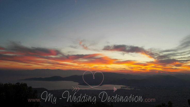 Βόλος Πήλιο...ένας μοναδικός προορισμός 12 μήνες τον χρόνο, μια καταπληκτική επιλογή για έναν ονειρεμένο γάμο...  The view of Volos from Pelion  Facebook : myweddingdestination