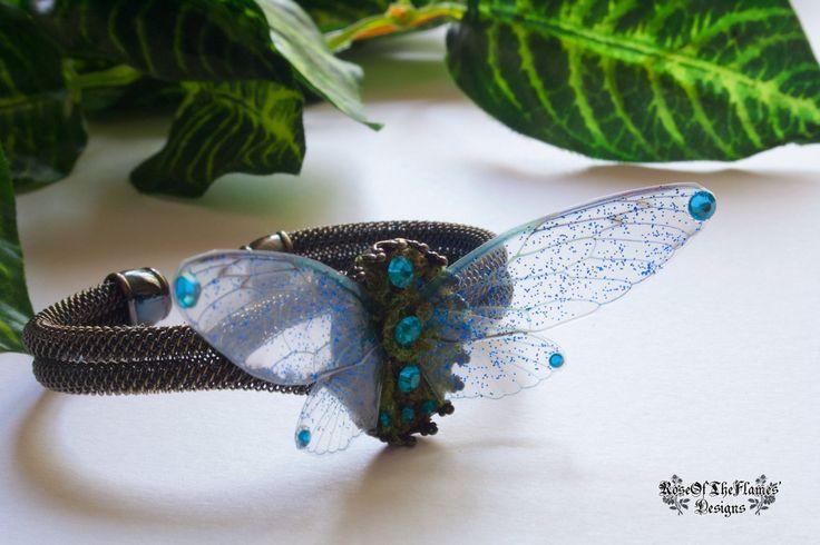 Fairy wings bracelet jewelry. Dream fantasy nature natural moss blue fairy bracelet jewelry. Adjustable copper bracelet jewelry. - pinned by pin4etsy.com