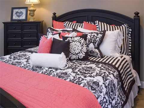 Black And White And Pink Bedroom