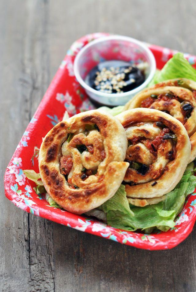 Props & Food Photography: Pancakes à la ciboulette