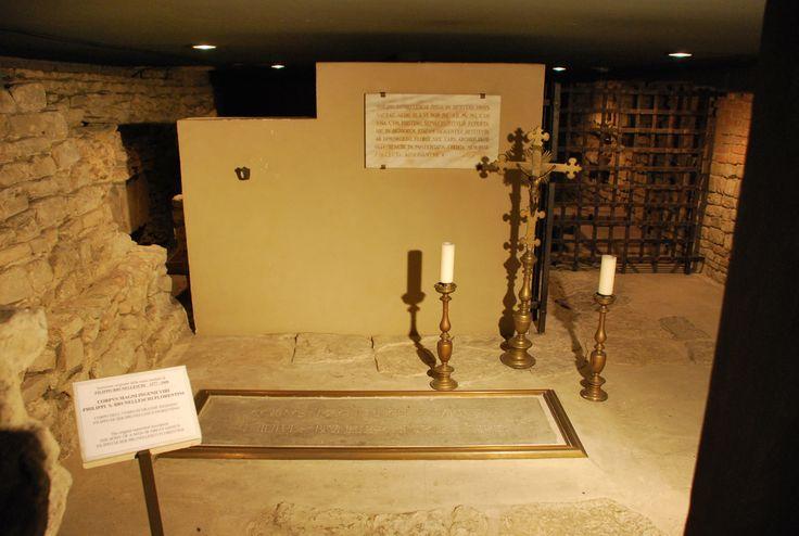 Nella cripta di Santa Reparata riposano i resti mortali di Filippo #Brunelleschi