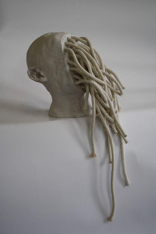 Maureen Bachaus. Identification.