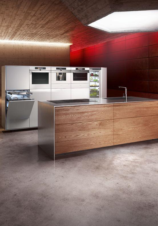 Make your home and kitchen a less ordinary, perfectly designed space. For example with the #iQ700 oven. // Mit Siemens wird die Küche zum besonderen, perfekt designten Ort. Zum Beispiel mit dem #iQ700 Backofen. #LifeLessOrdinary #enjoysiemens