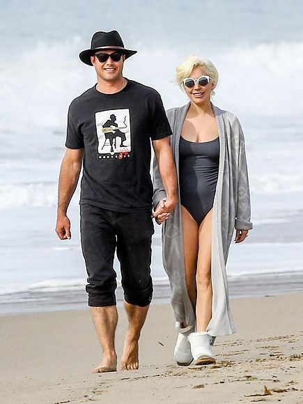 Lady Gaga Soaks Up Sun – and Golden Globes Love! – on a Romantic Stroll with Fiancé Taylor Kinney http://www.people.com/article/lady-gaga-taylor-kinney-beach-golden-globes