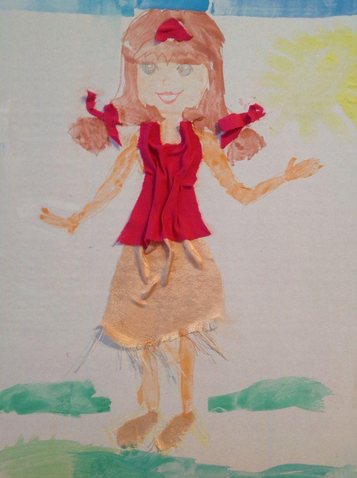 Lepení kousku látek na papír, např. jako oblečeni nakresleným postavickam
