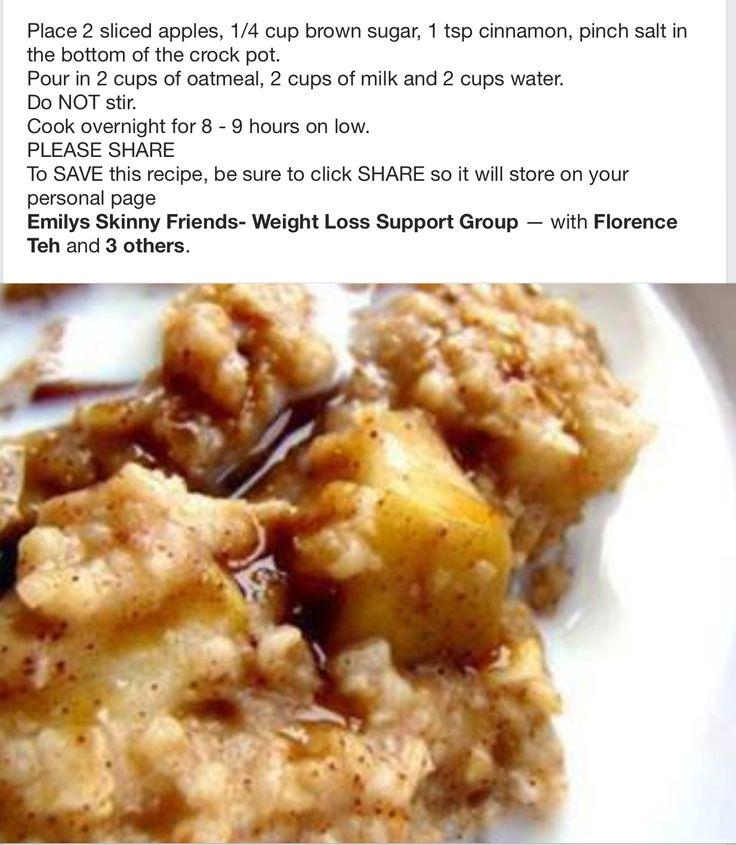 Crock Pot Oatmeal with Apples & Cinnamon