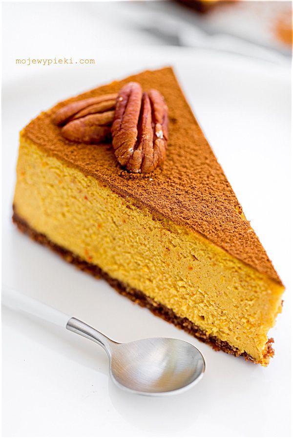 Pumpkin cheesecake with cinnamon and kajmakiem
