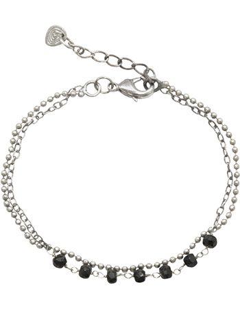 De Dreams Zwarte Onyx zilver armband is een verzilverde armband van twee soorten ketting met kleine Zwarte Onyx edelstenen. De Zwarte Onyx edelsteen symboliseert focus, aarden en zelfverzekerdheid.