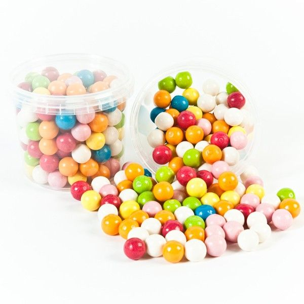 Bubblegum Retro Sweets available in Sweet Bags, Sweetie Jars and Retro Sweet Hampers