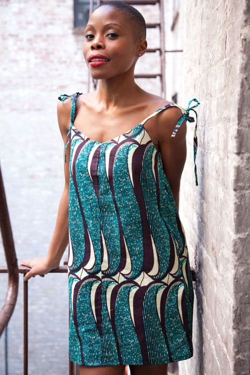 mod le de pagne africain robe en pagne kitenge 500 750 ml style pour femme. Black Bedroom Furniture Sets. Home Design Ideas