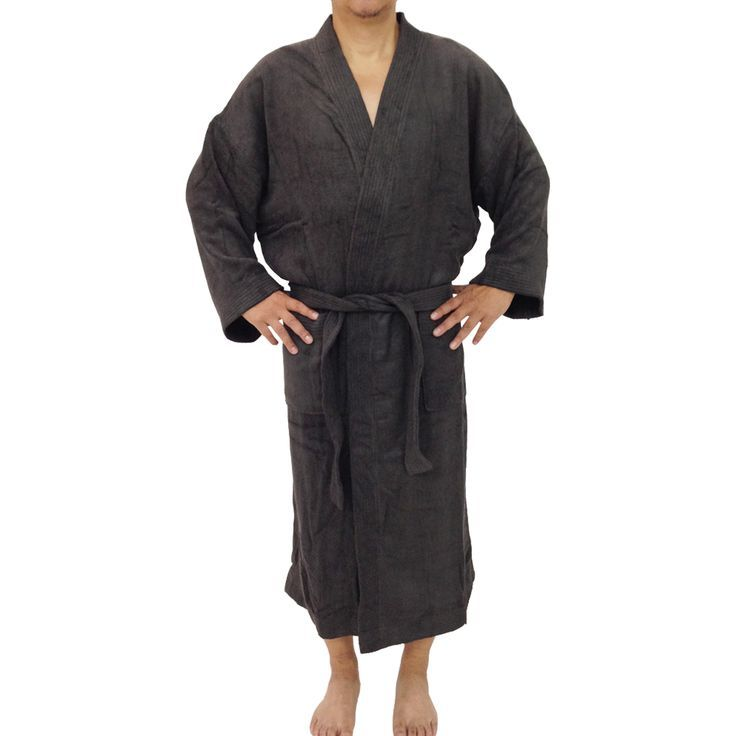 This soft and highly absorbent Unisex bamboo bath robe in charcoal made of a sturdy, tear-resistant blend of 100% viscose from organic bamboo #unisex #bathrobe #housecoat #organic #ecofriendly
