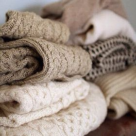 Welcome to the HoboWarehouse.Com We have a large selection of vintage warm sweaters waiting for you! Just make your choice's in the drop down menu and we will