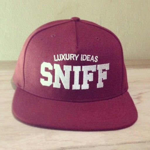 "SNIFF snapback hat on maroon ""LUXIE"" idr. 98k 