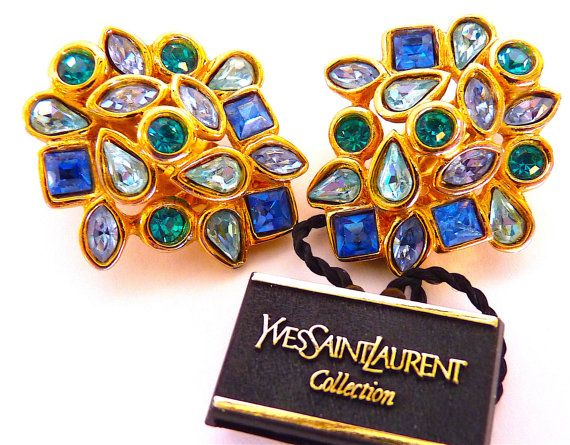 Yves Saint Laurent Boucles d'Oreilles Clips par VintageParisLuxe
