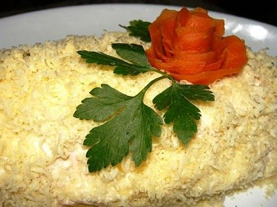 """COOKING WITH ANISOARA: Salata """" Carne de pasare sub blanita """""""