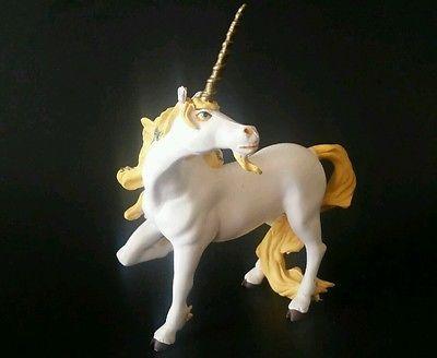 Papo White Unicorn Horse Toy Figure 5 Inch 2002