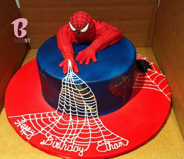Superbe gâteau Spiderman pour un goûter hors du commun!  http://www.anniversaire-enfant.fr/catalogsearch/result/?q=spiderman