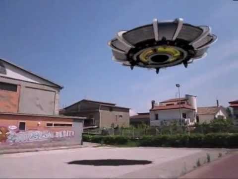 AVVISTAMENTO UFO - YouTube