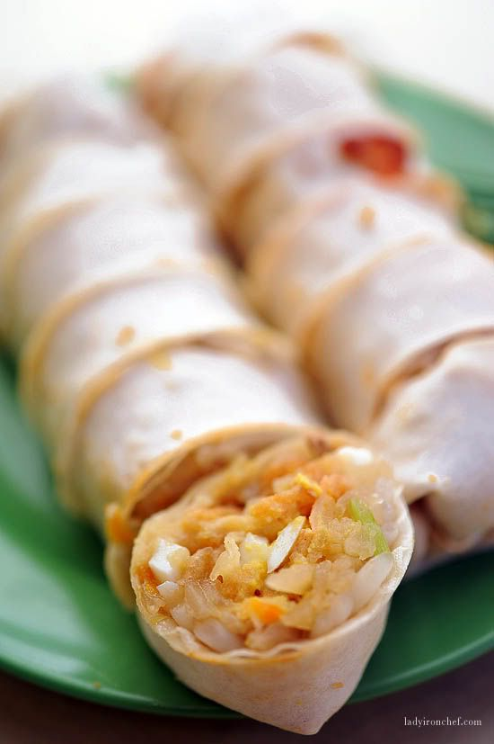 Popiah or spring rolls come fresh or fried. They consist of boiled turnips, fried tofu, fried shallots and garlic, chopped omelette, chopped stir fried long beans and (optional) chilli sauce, wrapped in a thin rice skin covering and eaten like a fajita.