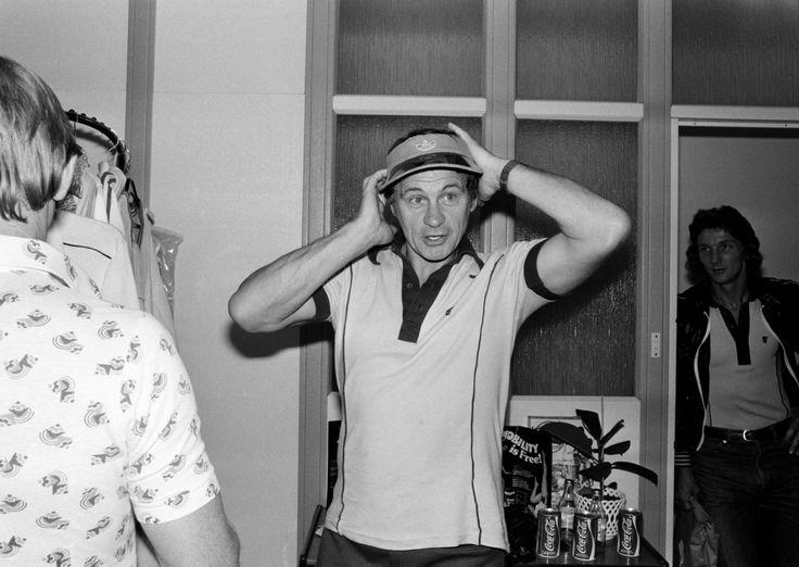 Bobby Robson 1977