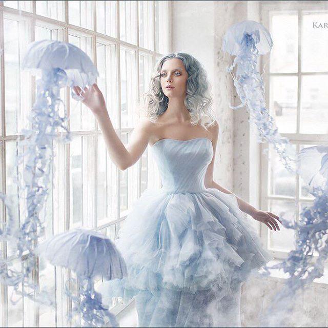 👻Прическа и макияж: @olia_kholopova медузы: студия бумаги @paperpoms_ru в Москве, модель: @mashaizyumova 👻 hairstyle and make-up: @olia_kholopova jellyfish: paper @paperpoms_ru studio in Moscow, model: @mashaizyumova #Karevamargarita #margaritakareva #интенсивКарева #кареваМк #обучениефото #мастеркласс #каревамаргарита #воркшоп #онлайнкурс #фотография #урокифото #фотошкола #карева #сказочныйфотограф #творческоефото #jellyfish #sea #blueeyes #hair #sea #underwater #mermaid #magicalworld…