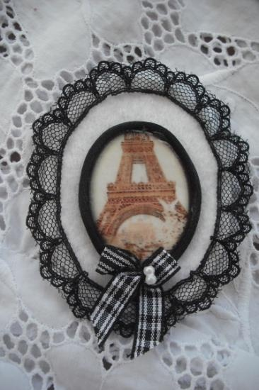 Shabby chic vintage broche de fieltro paris