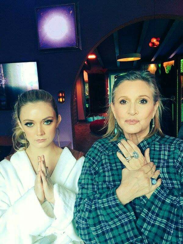 Billie Lourd Carrie Fisher Comparison