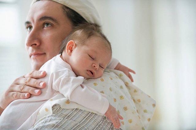 Como fazer o Bebê recém nascido Arrotar!