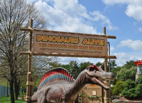 Dinosaurs Alive! at Dorney Park. This exhibit is so cool!