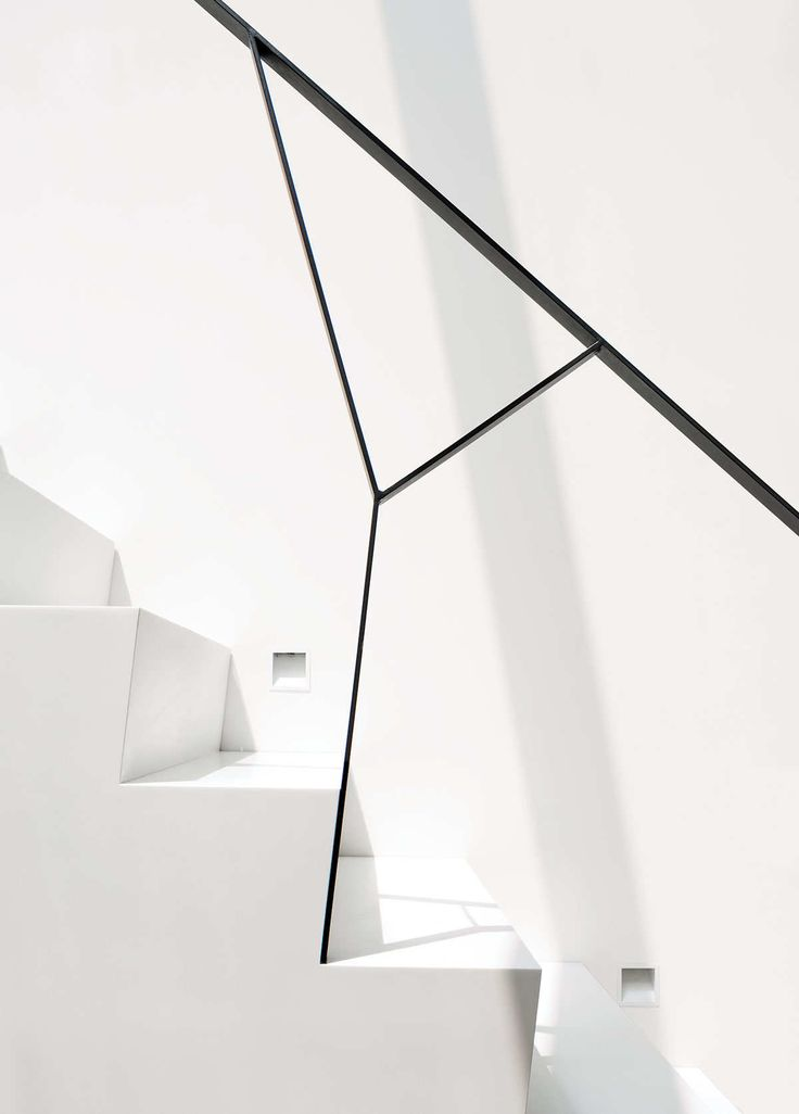 #sexy #architectural #geometrical #stairs #Y #steel #balustrade #white #concrete #sharp #riser #edge #detail #step (nymag.com)