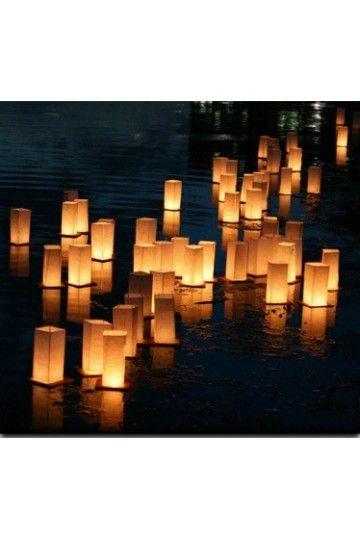 Lanterne Flottante LED multicolore - Déco Extérieur Piscine - Mariage Cérémonie-Anniversaire Nouvel An Noel
