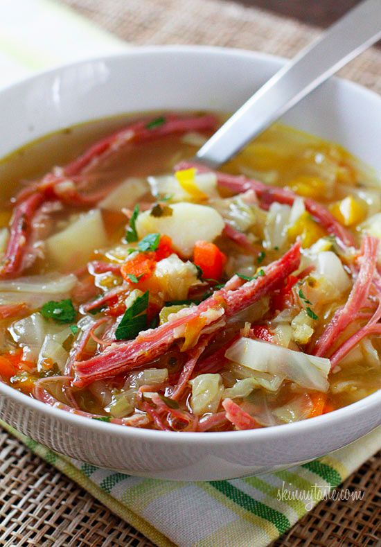Corned Beef and Cabbage Soup | Skinnytaste: Corn Beef, Corned Beef, Cabbage Soup, Cabbages Soups Recipes, Beef Soups, St. Patrick'S, Cornedbeef, Cabbages Leek, Soups Stew
