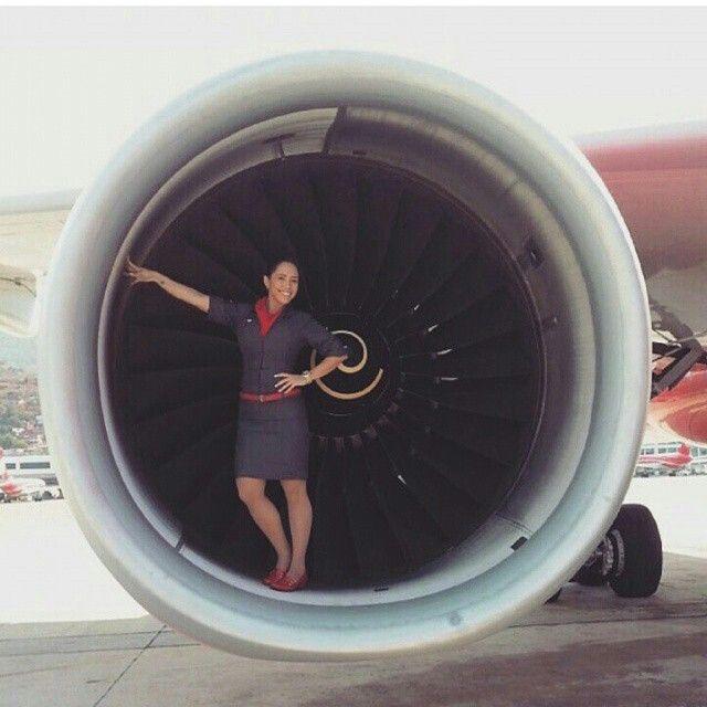 Avior Airlines Stewardess @tripulantesdecabinavenezolanas