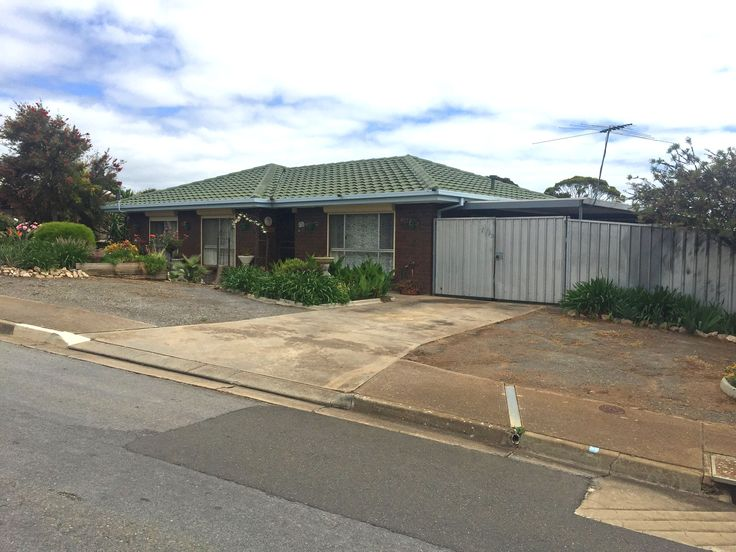 Home in #HuntfieldHeights #Professionals #Christies #Beach, #RealEstate agency - 08 8382 3773.