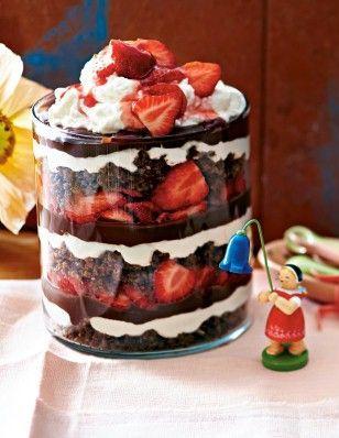Das Rezept für Erdbeer-Schoko-Schichtspeise und weitere kostenlose Rezepte auf LECKER.de
