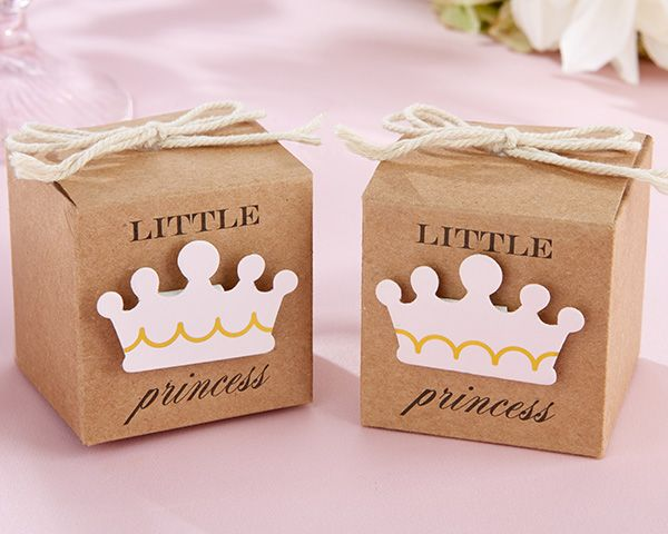 Give out sweet treats packed in these lovely little princess kraft favor gift boxes by Kate Aspen. Crowned with a pink tiara applique with gold detail, this favor box is princess-perfect.