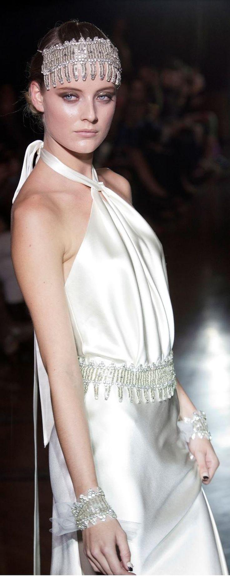 64 best Suknie ślubne images on Pinterest   Gown wedding, Wedding ...
