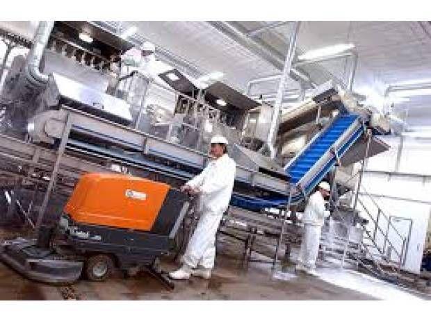 Realizamos limpieza industrial, somos especialistas en limpieza industrial de equipo y maquinaria como canales desasolve de lineas de corte de tipo tubular o limpieza de maquinados de piezas de gran tamaño, Lavadoras de sus metales,  limpieza de fosas y desasolve de las mismas,  usamos los mejores productos del mercado. Para la limpieza industrial usamos equipos especiales de hidrolavado y aspiradoras industriales para solidos y lquidos SOLVENTES y DESENGRASANTES  industriales y…
