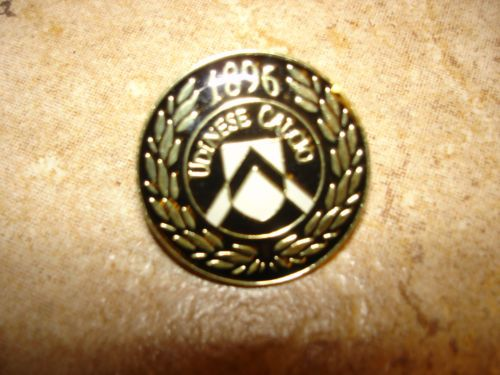 Udinese Calcio 1896 soccer pin badge.