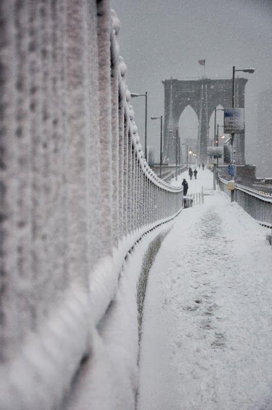 NYC. Snowy Brooklyn Bridge